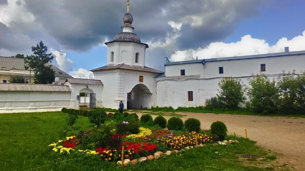 Поэзия в камне - Успенский собор и Кремль в Ростове Великом