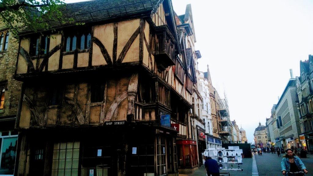 Путешествие в окрестностях Лондона - Виндзор, Оксфорд, Слау, Солсбери, Стоунхендж