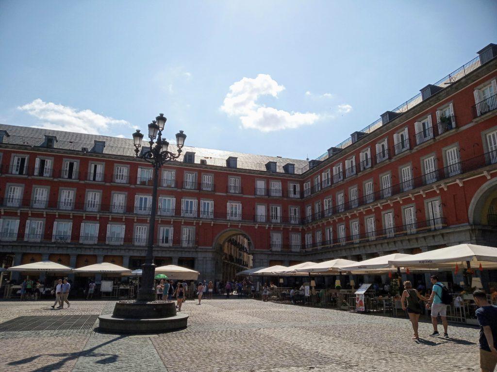 Мадрид – город королей и отправная точка для изучения Испании